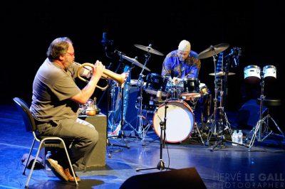 Jean-Luc Cappozzo et Famoudou Don Moye Mac Orlan Atlantique jazz festival vendredi 17 octobre 2014 par Herve Le Gall.