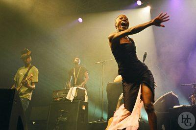 Rokia Traore feat. Keziah Jones Festival Art Rock samedi 29 mai 2004 par Herve Le Gall photographe