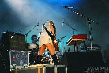 blonde redhead festival art rock saint brieuc mai 2004
