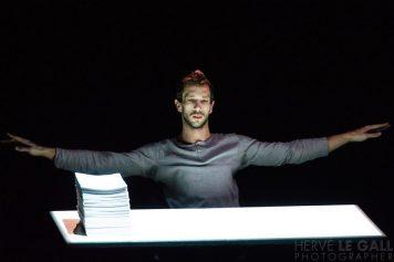 L'homme assis Mac Orlan Brest Festival Désordre vendredi 6 février 2015 par Herve Le Gall