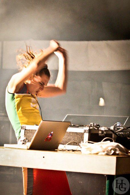 DJ missill Festival Berthe home samedi 15 juillet 2006 par herve le gall photographe cinquieme nuit