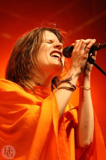 Camille Festival du Bout du monde Crozon vendredi 8 août 2008 par herve le gall photographe cinquieme nuit