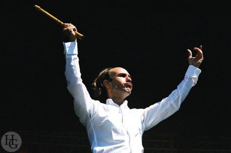 photo de Carlos Nunez festival du Bout du Monde Crozon samedi 8 août 2004 par herve le gall photographe cinquieme nuit