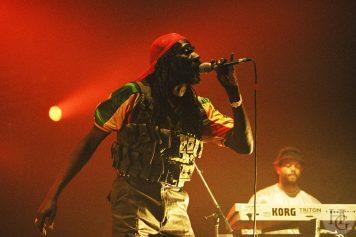 Culture Festival Polyrock samedi 4 septembre 2004 par herve le gall photographe cinquieme nuit