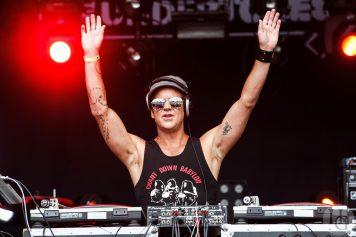 DJ Tone Broker fete du bruit landerneau 2013 par herve le gall photographe cinquieme nuit