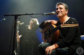 photo du concert Interzone extended feat. Khaled Al Jaramani Festival les Vieilles Charrues samedi 20 juillet 2013 par herve le gall photographe cinquieme nuit