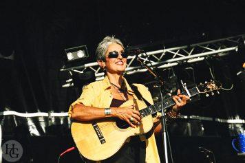 Joan Baez Festival du Bout du Monde samedi 8 août 2004 par herve le gall photographe cinquieme nuit