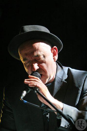 Lo'jo en concert au Run ar Puns le vendredi 8 mai 2009 par herve le gall photographe cinquieme nuit