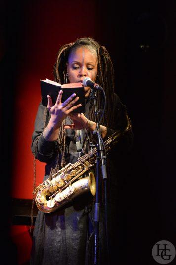 Matana Roberts saxophone Cabaret Vauban 24 mars 2012 par herve le gall photographe cinquieme nuit