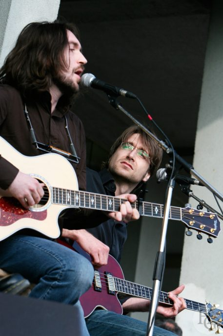Matmatah concert de soutien à Ségolène Royal vendredi 4 mai 2007 par herve le gall photographe cinquieme nuit