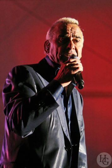 Michel Fugain Jeudis du port concert du jeudi 31 juillet 2008 par herve le gall photographe cinquieme nuit