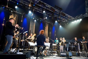 photo moger orchestra festival des vieilles charrues juillet 2017 par herve le gall photographe
