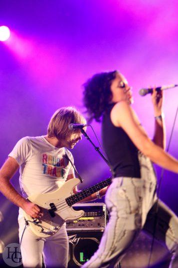 New young pony club Festival la Route du rock jeudi 16 août 2007 par herve le gall photographe cinquieme nuit