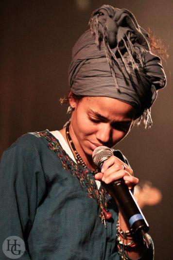 Nneka festival Art rock concert du samedi 26 mai 2007 par herve le gall photographe cinquieme nuit