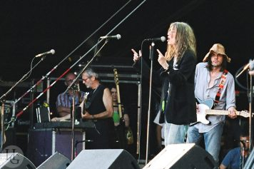 patti smith vieilles charrues juillet 2004