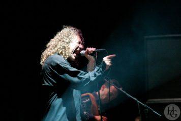 Robert Plant Musikhall Rennes lundi 12 novembre 2005 par herve le gall photographe cinquieme nuit