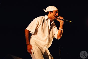 Sergent Garcia Festival du Bout du Monde samedi 8 août 2004 par herve le gall photographe cinquieme nuit