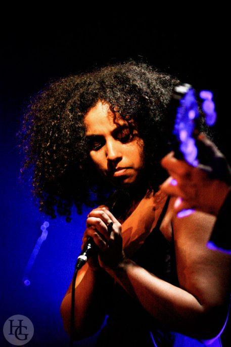 Susheela Raman Espace Vauban 29 novembre 2006 par herve le gall photographe cinquieme nuit
