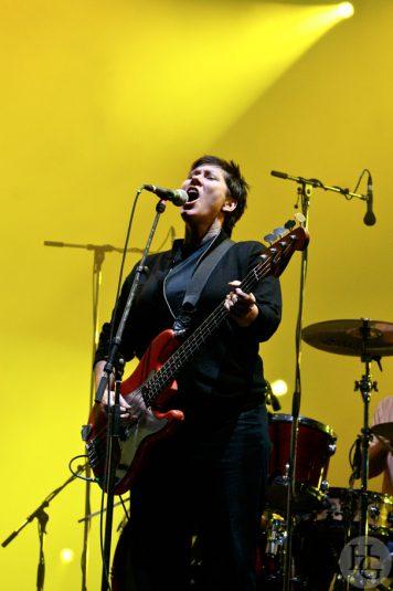 The Pixies Festival les Vieilles Charrues dimanche 23 juillet 2006 par herve le gall photographe cinquieme nuit