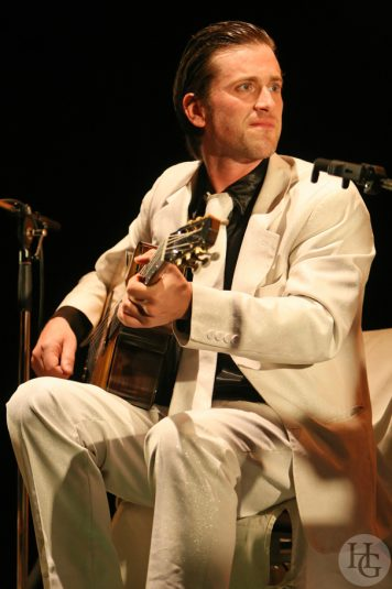 Thomas Dutronc en concert La Carène Brest 3 avril 2008 par herve le gall photographe cinquieme nuit