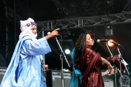Tinariwen Festival des Vieilles Charrues vendredi 24 juillet 2005 par herve le gall photographe cinquieme nuit