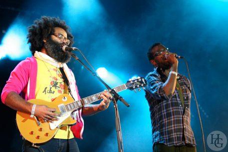 TV on the radio festival la route du rock samedi 12 août 2006 par herve le gall photographe cinquieme nuit