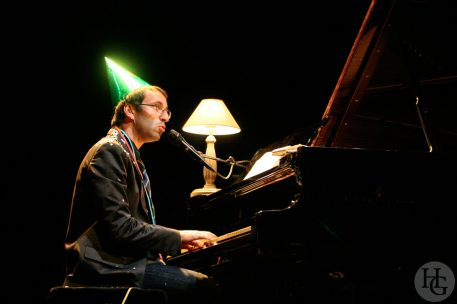Vincent Delerm festival art rock dimanche 4 juin 2006 par herve le gall photographe cinquieme nuit