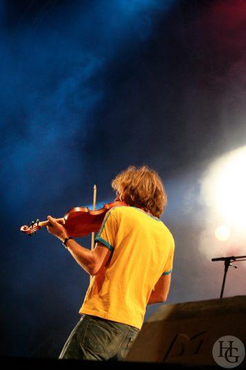 Yann Tiersen Festival les Vieilles Charrues vendredi 21 juillet 2006 par herve le gall photographe cinquieme nuit