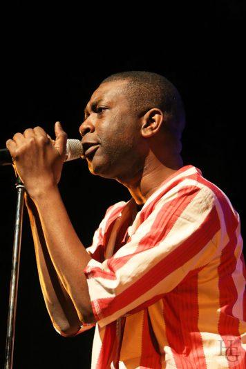 Youssou N'dour photos de concert La Carène Brest 27 février 2008 par herve le gall photographe cinquieme nuit